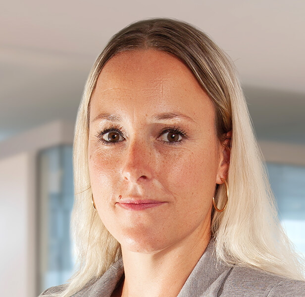 Profilbild Julia Bönisch